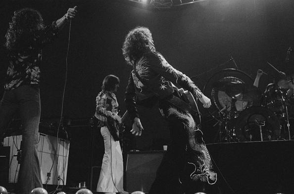 Michael Putland「Led Zeppelin At Earl's Court」:写真・画像(7)[壁紙.com]