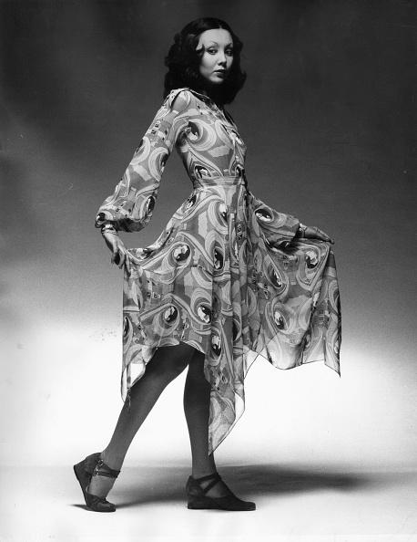 アールデコ「Art Deco Dress」:写真・画像(13)[壁紙.com]
