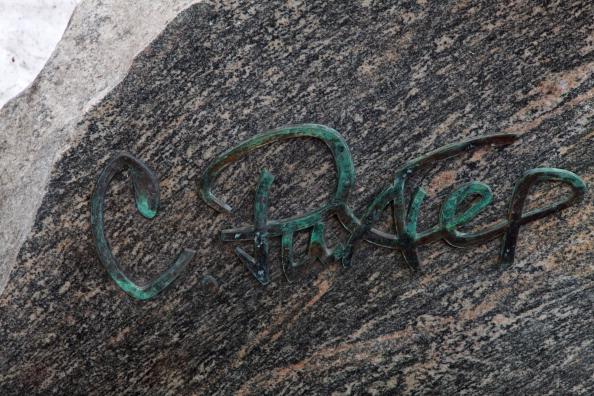 T 「Richter's Grave」:写真・画像(5)[壁紙.com]