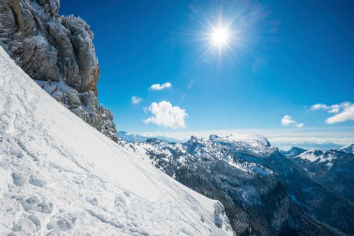 スキー「な冬の登山」:スマホ壁紙(16)