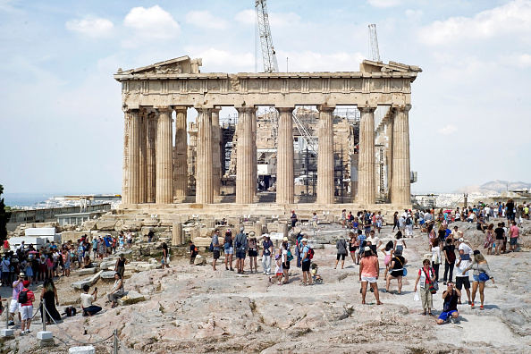 Tourism「Greek Government Look Set To Default On Crucial Debt Repayment」:写真・画像(14)[壁紙.com]