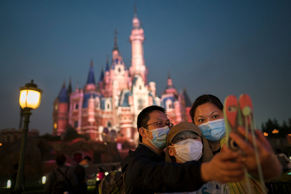 Amusement Park「Disney Shanghai Reopens To Limited Visitors As China Recovers From Coronavirus Pandemic」:写真・画像(12)[壁紙.com]