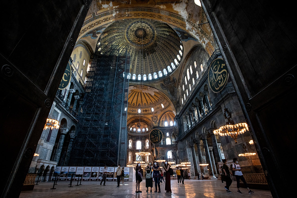Tourism「Debate Continues Over Turkey's Hagia Sophia Status」:写真・画像(3)[壁紙.com]