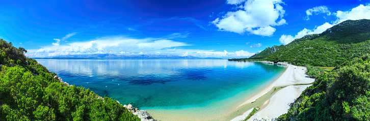 Perfection「Beach, crystal clear water in Adriatic Sea and Green Mountains」:スマホ壁紙(4)