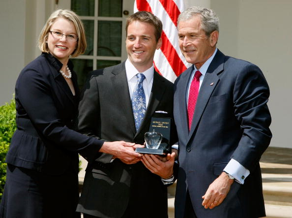 Oregon - US State「Bush Meets With 2008 National And State Teachers Of The Year」:写真・画像(4)[壁紙.com]