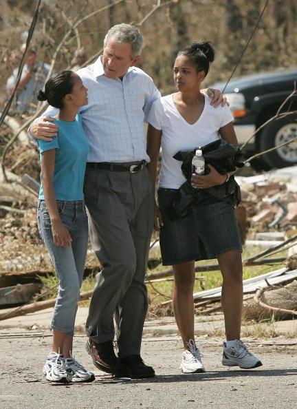 Human Arm「Gulf Coast Still Reeling From Aftermath Of Hurricane Katrina」:写真・画像(9)[壁紙.com]