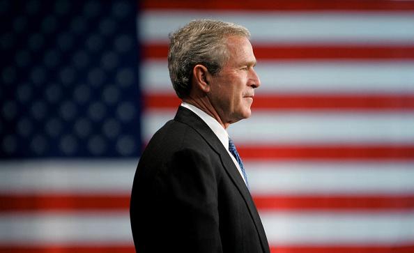 Patriotism「President Bush Campaigns In New Jersey」:写真・画像(13)[壁紙.com]