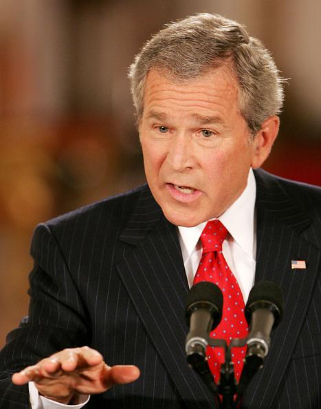 East Room「Bush Holds Prime-Time Press Conference At White House」:写真・画像(12)[壁紙.com]