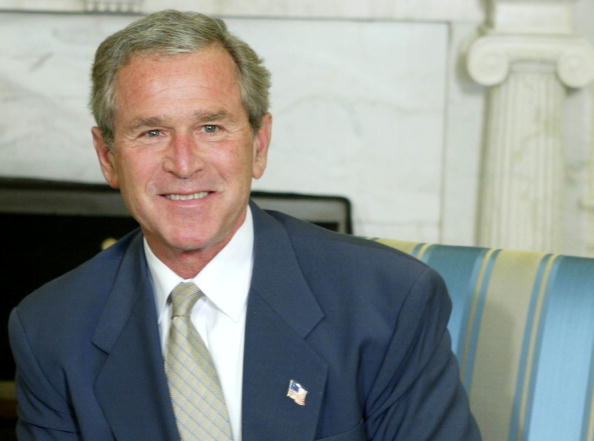 George W「President Bush Meets With President Of Chile」:写真・画像(13)[壁紙.com]