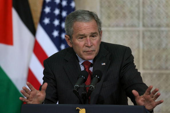 West Bank「George Bush Meets Palestinian President Mahmoud Abbas」:写真・画像(3)[壁紙.com]