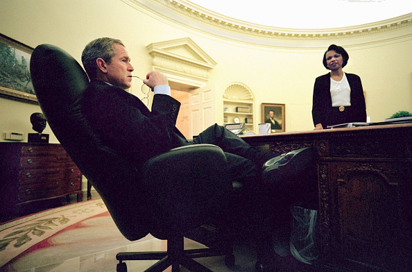 Morning「Bush Disusses China Situation with Condoleezza Rice」:写真・画像(12)[壁紙.com]
