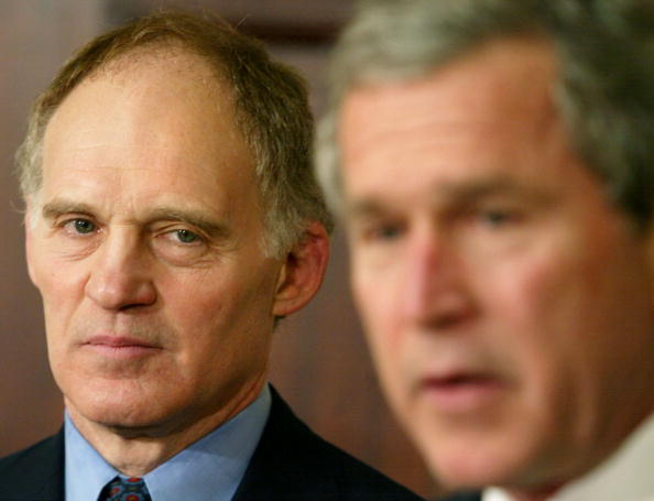 Bank Manager「U.S. President George W. Bush Announces Friedman As Top Economic Adviser」:写真・画像(11)[壁紙.com]