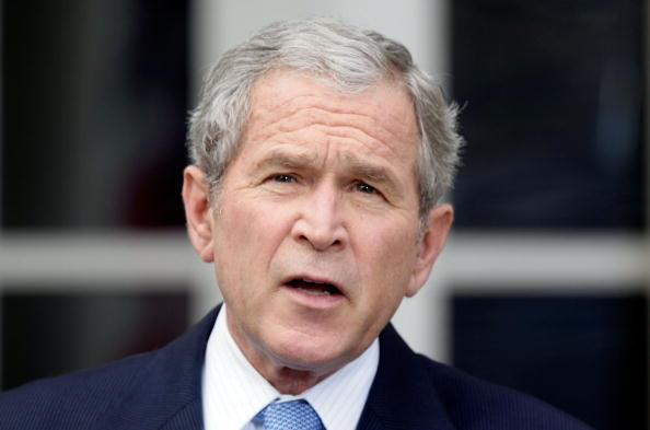 George W「President Bush Makes Statement In Rose Garden Day After Obama Elected」:写真・画像(16)[壁紙.com]