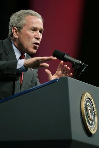 Togetherness「President Bush Addresses UNITY Convention」:写真・画像(1)[壁紙.com]