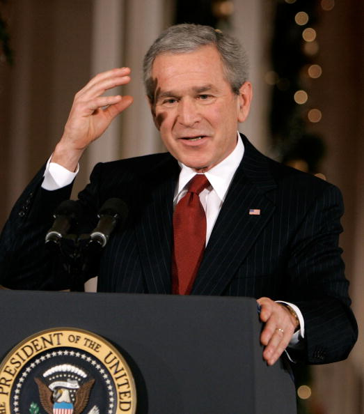 East Room「President Bush Holds A Press Conference」:写真・画像(13)[壁紙.com]