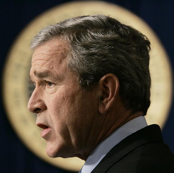 Profile View「President Bush Holds News Conference」:写真・画像(10)[壁紙.com]
