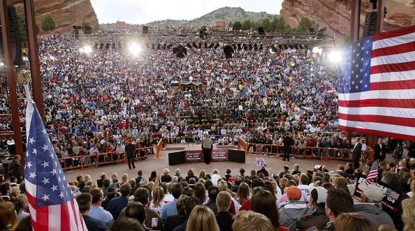 Patriotism「President Bush Campaigns in Colorado」:写真・画像(16)[壁紙.com]