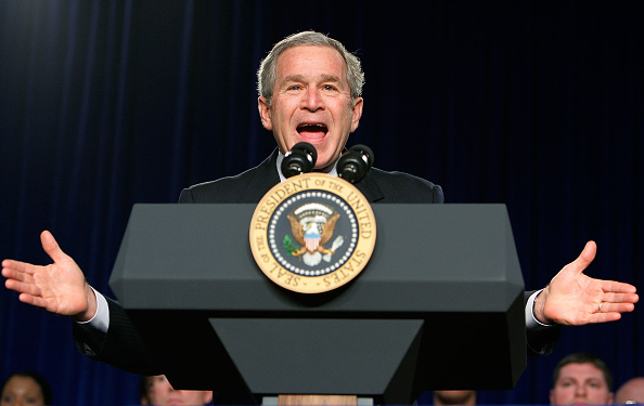 Joshua Roberts「President Bush Speaks To Military Medical Caregivers」:写真・画像(15)[壁紙.com]