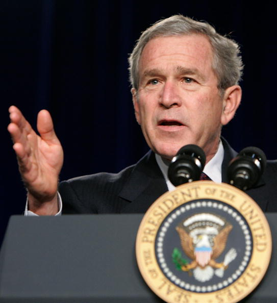 Joshua Roberts「President Bush Speaks To Military Medical Caregivers」:写真・画像(15)[壁紙.com]