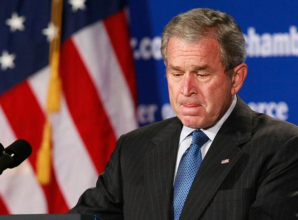 Bestof「President Bush Gives Speech On Economy」:写真・画像(9)[壁紙.com]