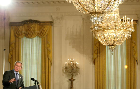 Lighting Equipment「President Bush Presents Commander In Chief Trophy 」:写真・画像(12)[壁紙.com]