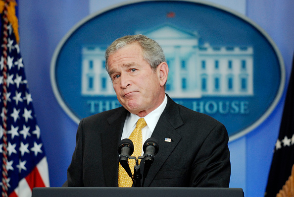 Press Room「President Bush Discusses Current Economic Issues」:写真・画像(2)[壁紙.com]