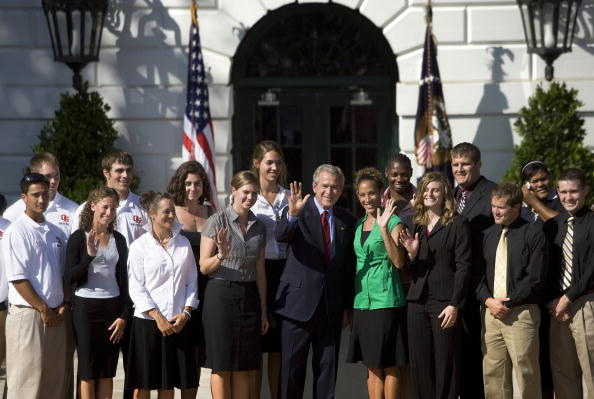 Oregon - US State「Bush meet with 2006 and 2007 NCAA champions」:写真・画像(15)[壁紙.com]