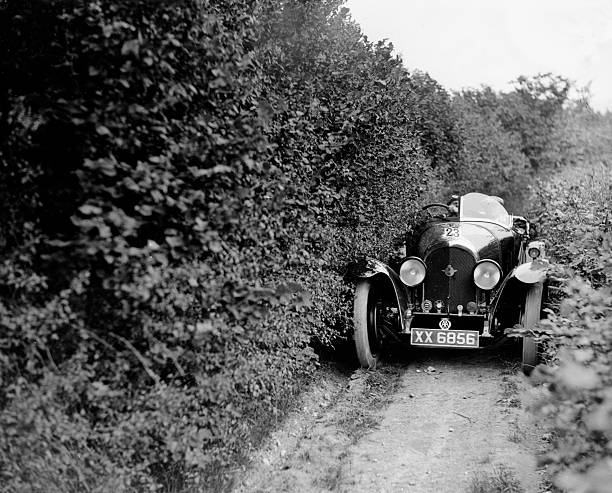 1925 Bentley of Miss MH Ogilvie taking part in the North West London Motor Club Trial, 1 June 1929:ニュース(壁紙.com)