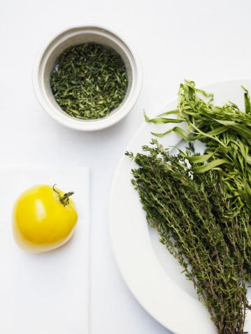 Tarragon「Organic heirloom tomato with organic thyme, rosemary and tarragon」:スマホ壁紙(11)