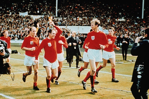England「Lap Of Honour」:写真・画像(13)[壁紙.com]