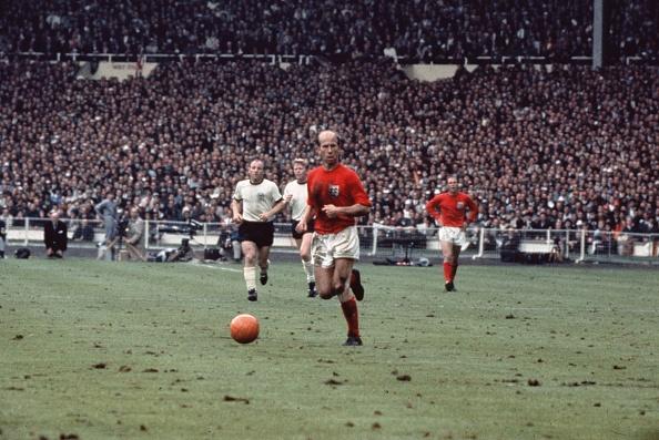 イングランド「Bobby Charlton」:写真・画像(19)[壁紙.com]