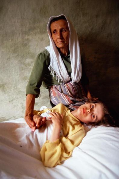 Tom Stoddart Archive「Albanian Children」:写真・画像(11)[壁紙.com]