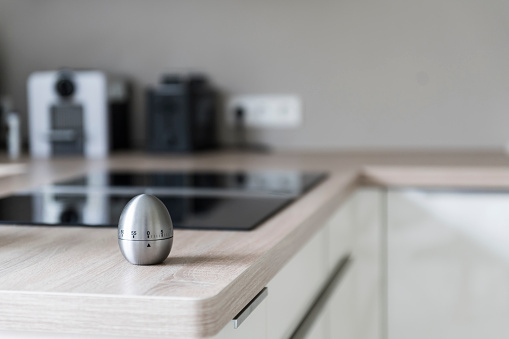 Kitchen Counter「Egg timer in modern kitchen」:スマホ壁紙(12)