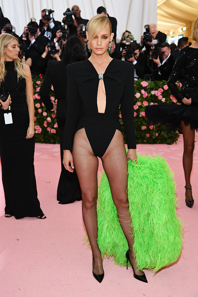 Amber Valletta「The 2019 Met Gala Celebrating Camp: Notes on Fashion - Arrivals」:写真・画像(1)[壁紙.com]