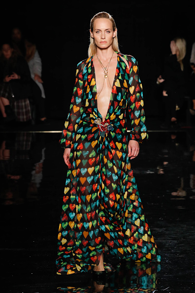 Autumn「Versace Fall 2019 - Runway」:写真・画像(19)[壁紙.com]
