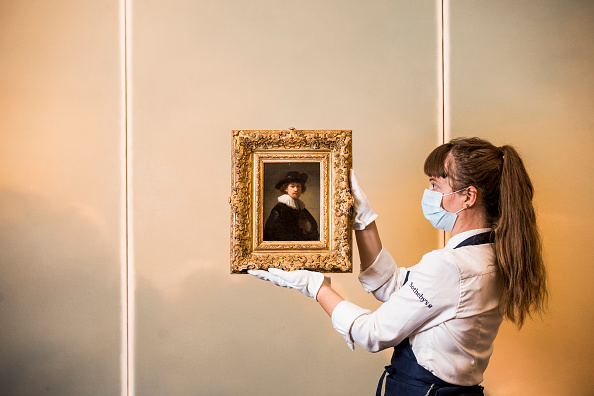 Sotheby's「From Rembrandt To Richter: Sotheby's Summer Exhibition Opens To The Public With 500 Years Of Art On Display」:写真・画像(11)[壁紙.com]