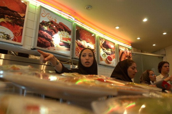 Fast Food「Tehran Food Court」:写真・画像(19)[壁紙.com]