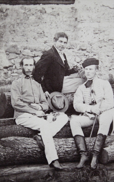 1870-1879「Three Young Men; One In A Dark Skirt; The Second In K.U.K. Uniform With Saber And The Third In The Hungarian National Costume And Boots. Full-Length Portrait. About 1870. Carte De Visite Photograph.」:写真・画像(13)[壁紙.com]
