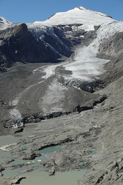 Mountain「Europe's Melting Glaciers: Pasterze」:写真・画像(2)[壁紙.com]