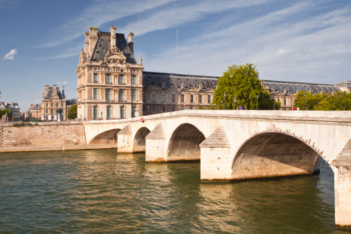 Arch Bridge「Pont Royal and the Louvre Museum.」:スマホ壁紙(16)