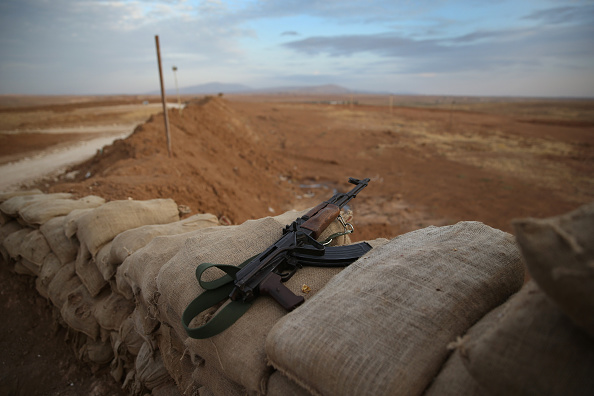 Militant Groups「Kurdish Forces Hold Frontline Positions Against ISIS In Northern Iraq」:写真・画像(18)[壁紙.com]