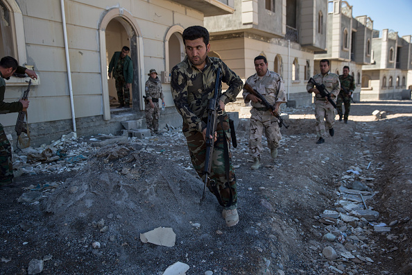 Kurdish「Coalition Forces Train Kurdish Peshmerga Troops To Fight Against ISIL」:写真・画像(13)[壁紙.com]