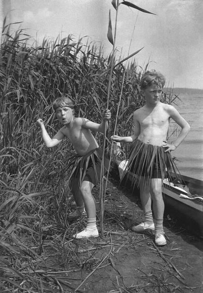 Atmosphere「Boys Pretending To Be Natives」:写真・画像(1)[壁紙.com]