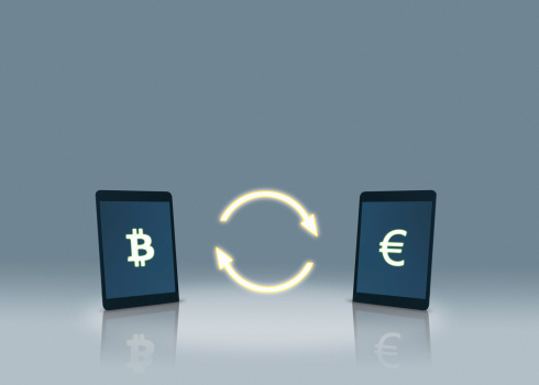Bitcoin「Bitcoin and euro symbols on tablets」:スマホ壁紙(9)