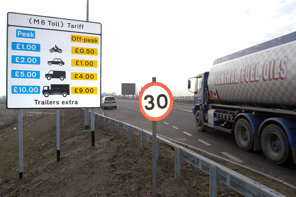 Paying「M6 Toll Road Opening」:写真・画像(6)[壁紙.com]