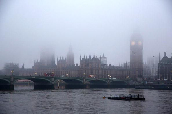 Morning「Early Morning Fog In London」:写真・画像(18)[壁紙.com]
