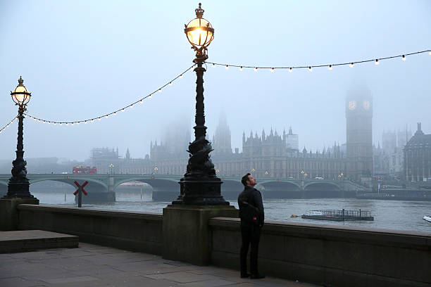 Early Morning Fog In London:ニュース(壁紙.com)