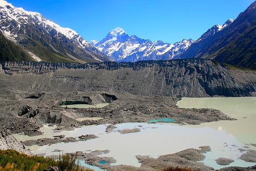 Mount Tasman「Majestic Mount Cook snowcapped mountain Range from the Hooker Glacier moraine lake, Canterbury, idyllic South New Zealand」:スマホ壁紙(7)