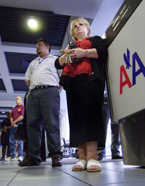 Jose Lopez「Moment of Silence At American Airlines At Logan」:写真・画像(9)[壁紙.com]
