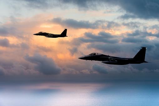 夕焼け 海「F -15 ワシの夕暮れ」:スマホ壁紙(14)